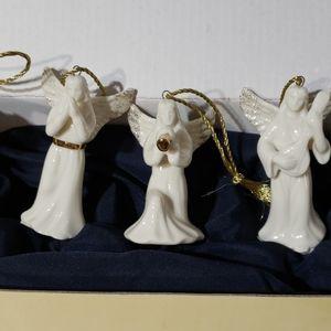 Mikasa Set of 5 Angel's